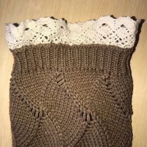 Accessories - Brown knitted boot socks